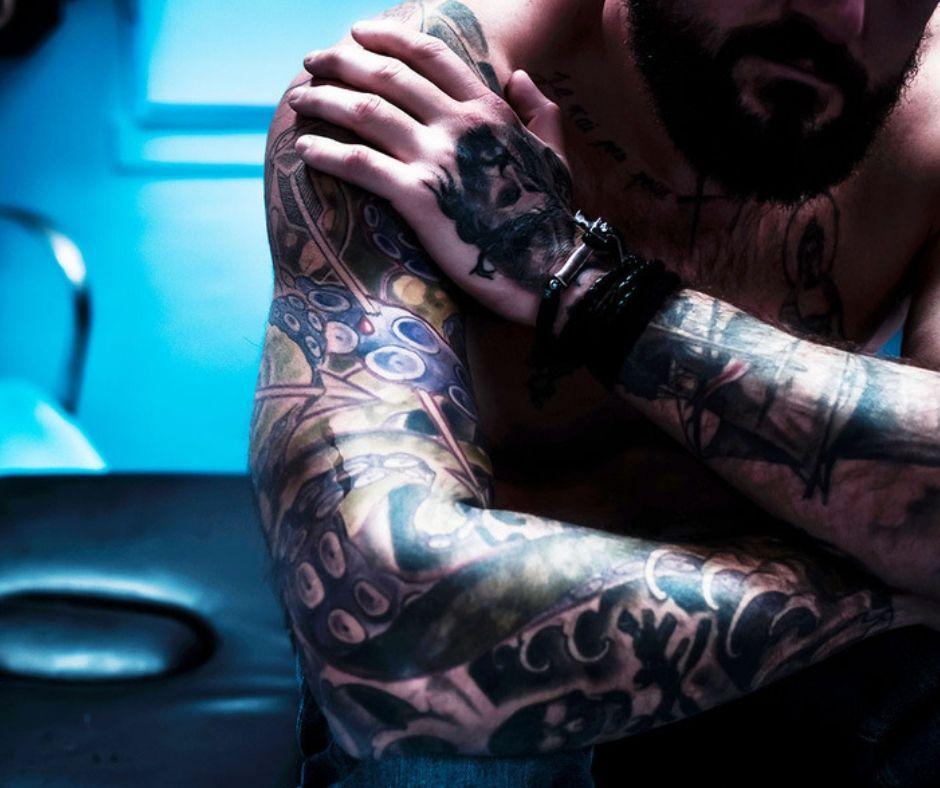 dolor tatuaje - nigromancia tattoo